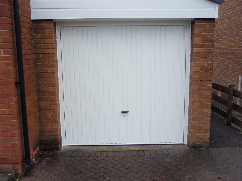 Puerta garaje basculante perfect puertas alberto rodr guez - Puerta basculante garaje ...
